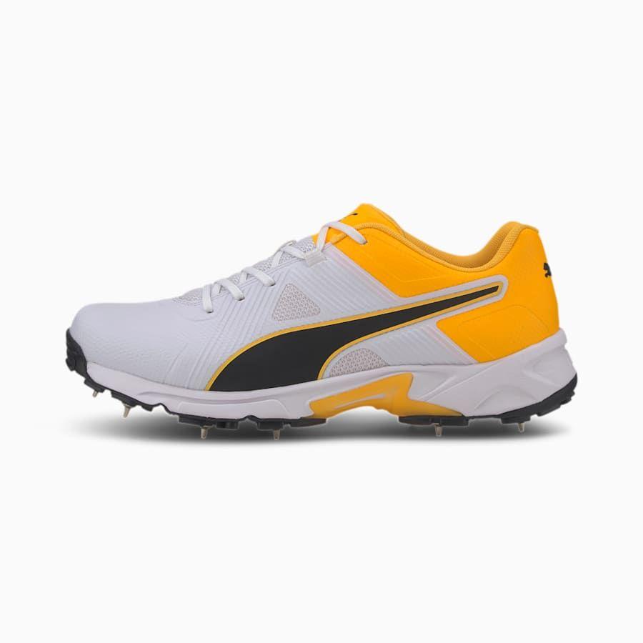 PUMA Spike 19.1 Men's Cricket Shoe Sneakers in WhiteBlack