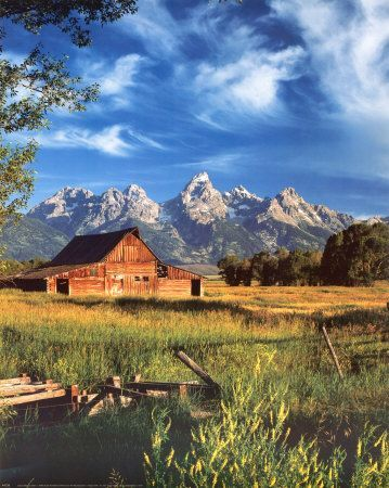 Teton National Park in the Rocky Mountains of Wyoming. #Mountains #sunset  #Travel