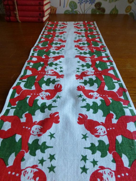 Vintage Swedish Christmas Tablecloth Printed By Scandivintage 22 00 Christmas Table Cloth Swedish Christmas Scandinavian Holidays