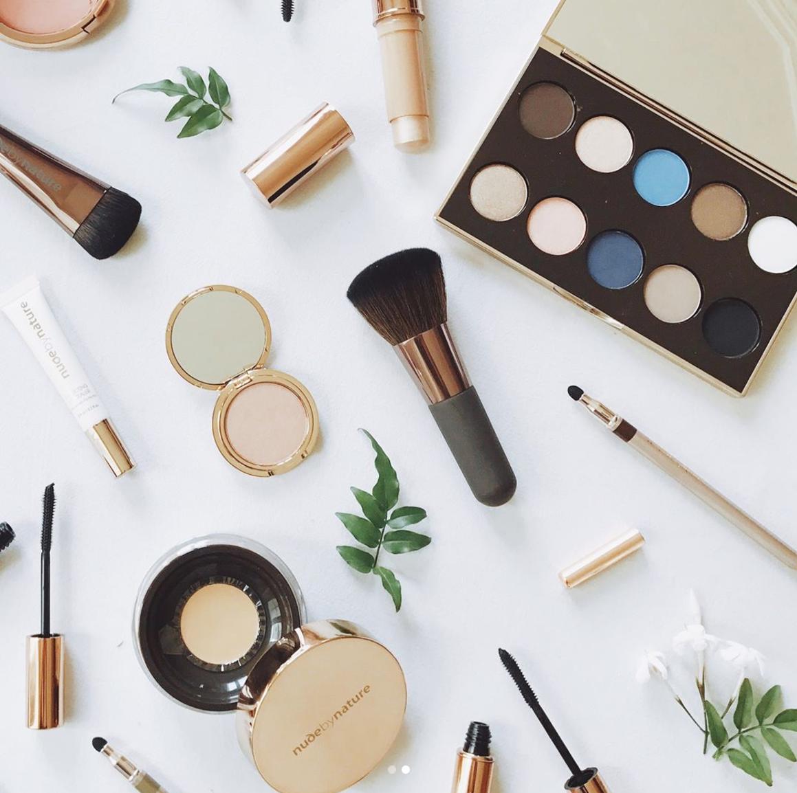 thebaloondiary Mineral makeup brands, Makeup brands