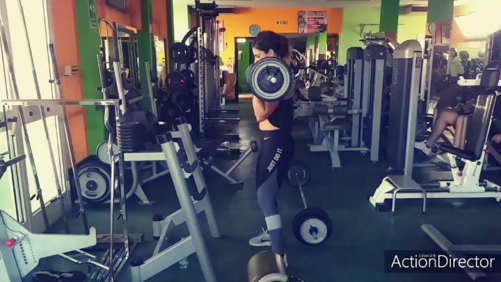#palestragymcenterbosa #workout #bicepsworkout #pt #bodybuilding #lifestyle #fitness #fitgirls #work...