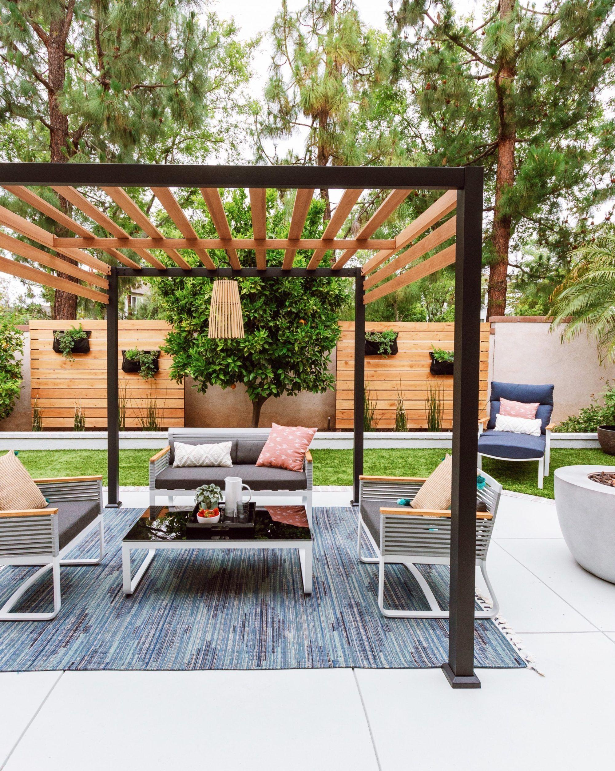Backyard Makeover Patio Furniture - Anita Yokota