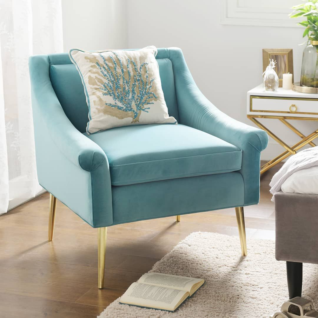 I Love Your Accent Chair Have Fun With Your Accents And Pick Something Fun In A Bright Arctic Blue Maybe Koltuklar Dekor