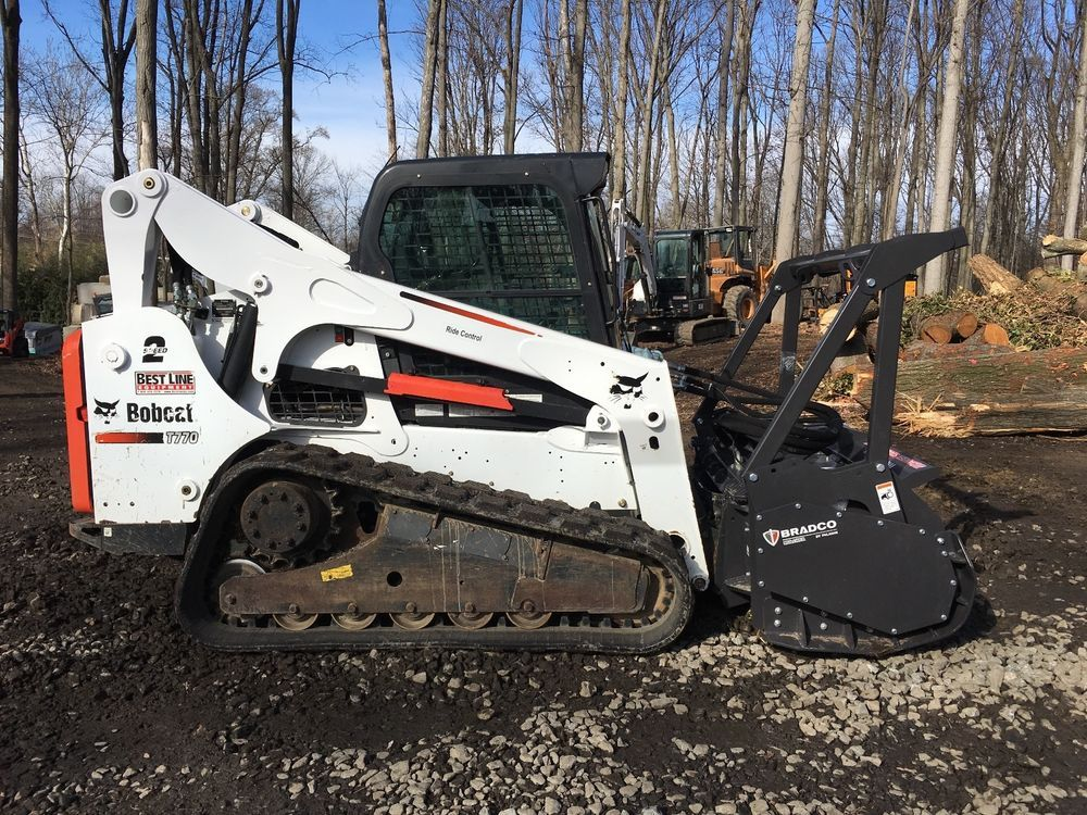 2015 Bobcat T770 With Bradco Mm60 Forestry Mulcher Business