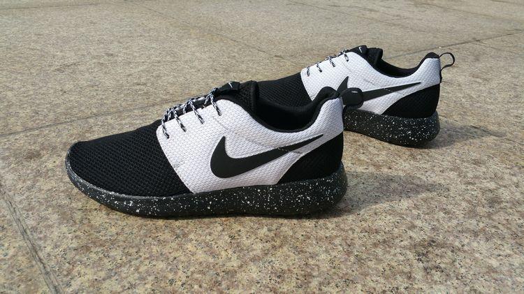 best loved 4e2cc 16e26 50% off Black White Black Nike Roshe Run Id 2015 511881 108 | Shoes ...