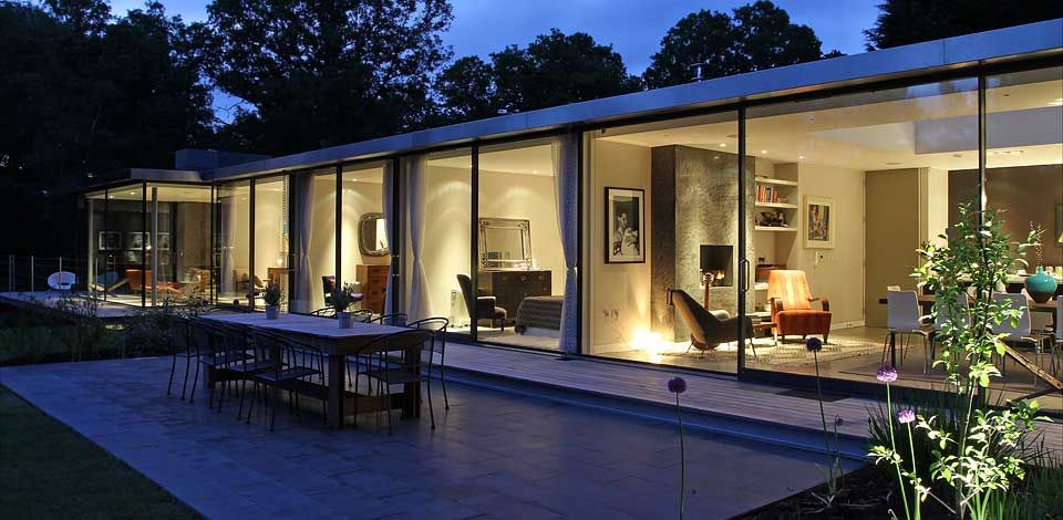 25 Amazing Modern glass house design | Glass houses, Glass house ...