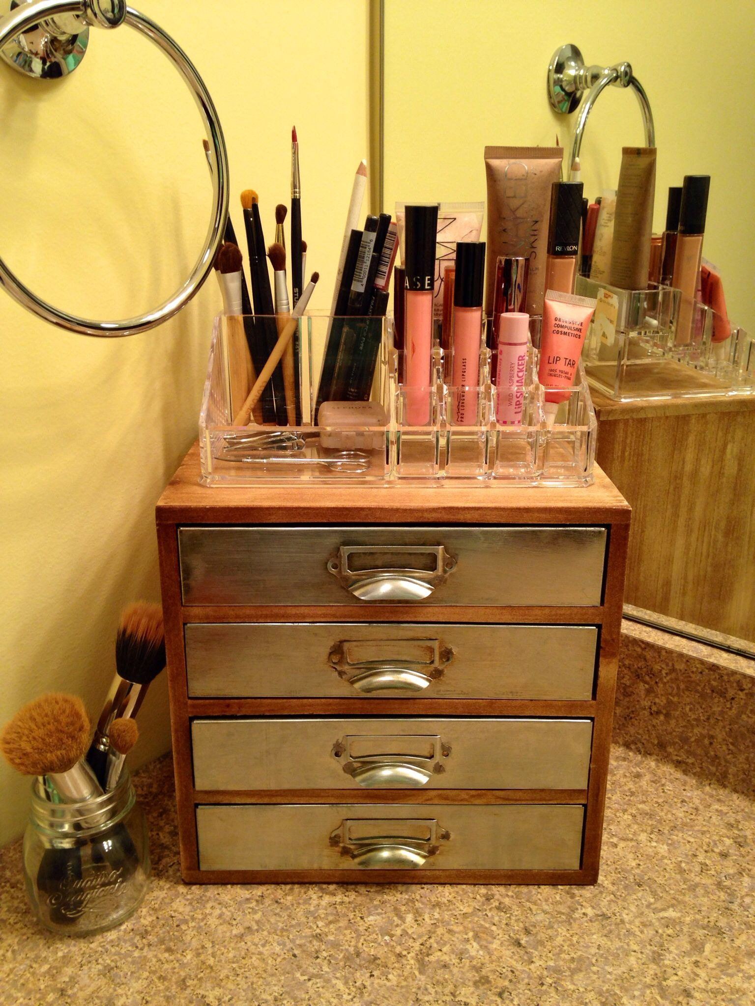 Makeup Organization #diy Spent less than $30 to organize my makeup in a  cute functional