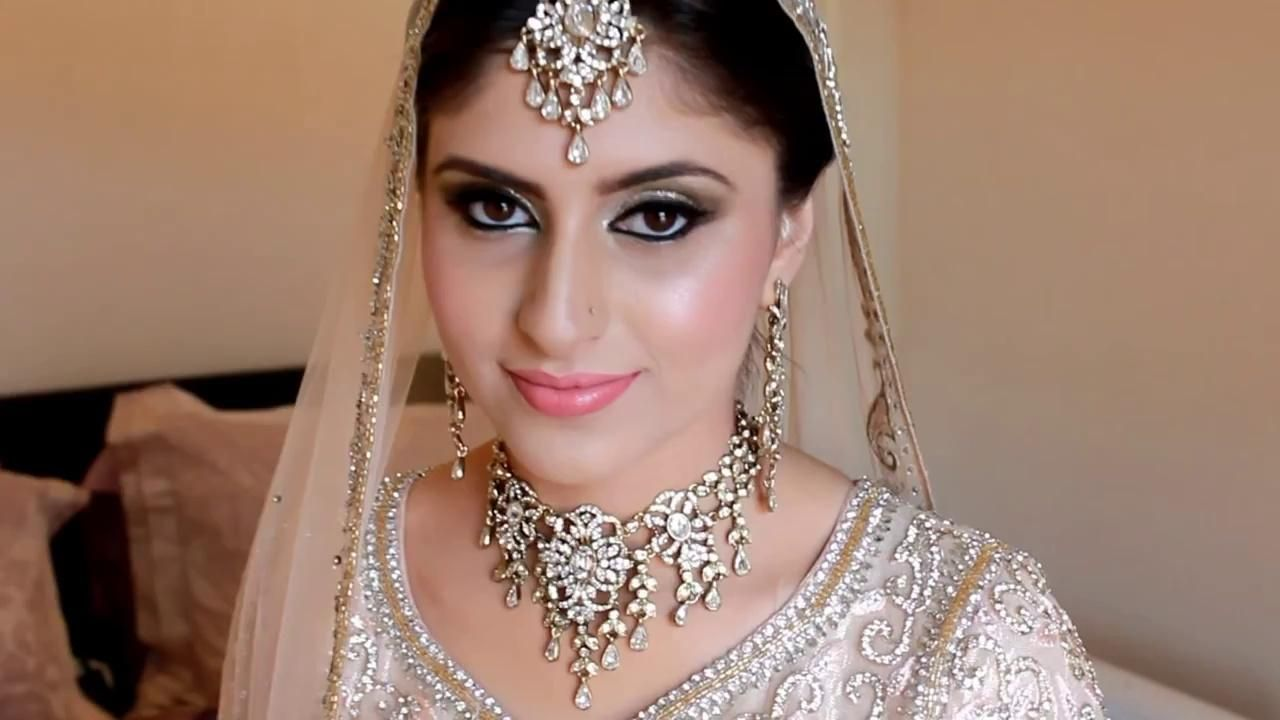 Astonishing Real Bridal Makeup And Hair By Sadaf Wassan Video Dailymotion Short Hairstyles Gunalazisus