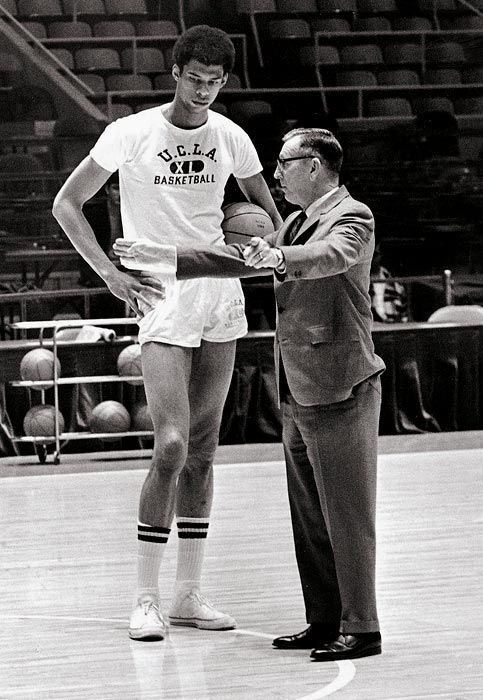 Lew Alcindor With Legendary Ucla Coach John Wooden In 1969 Lew Won