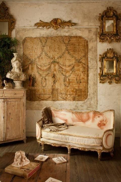 French  Italianate decor.