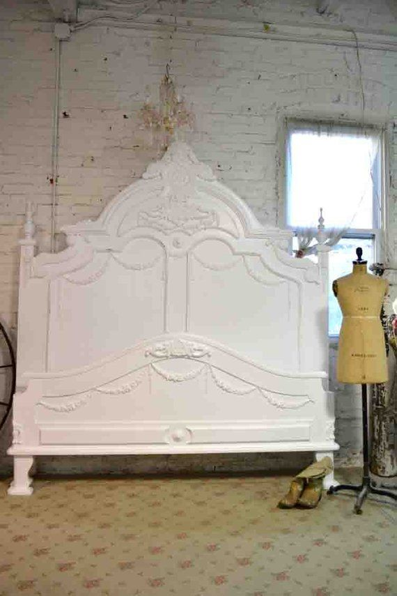 Buying Vintage Cottage and Shabby Chic Beds