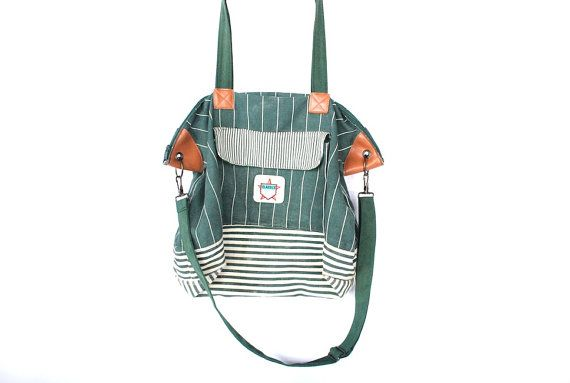 Vintage 80s Cotton Striped Messenger Weekender Bag // Tote Bag. $38.00, via Etsy. #vintage #fashion #style #bags #casualstyle #totebags