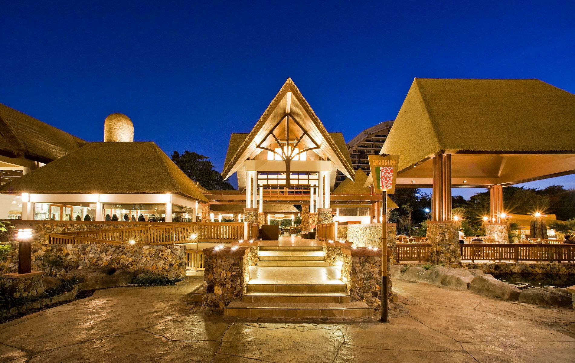 Centara Grand Mirage Beach Resort Pattaya On The Restaurant Winning The Thai Select Award Premium Grade Given By The Thai Government Following Anonymous Inspec