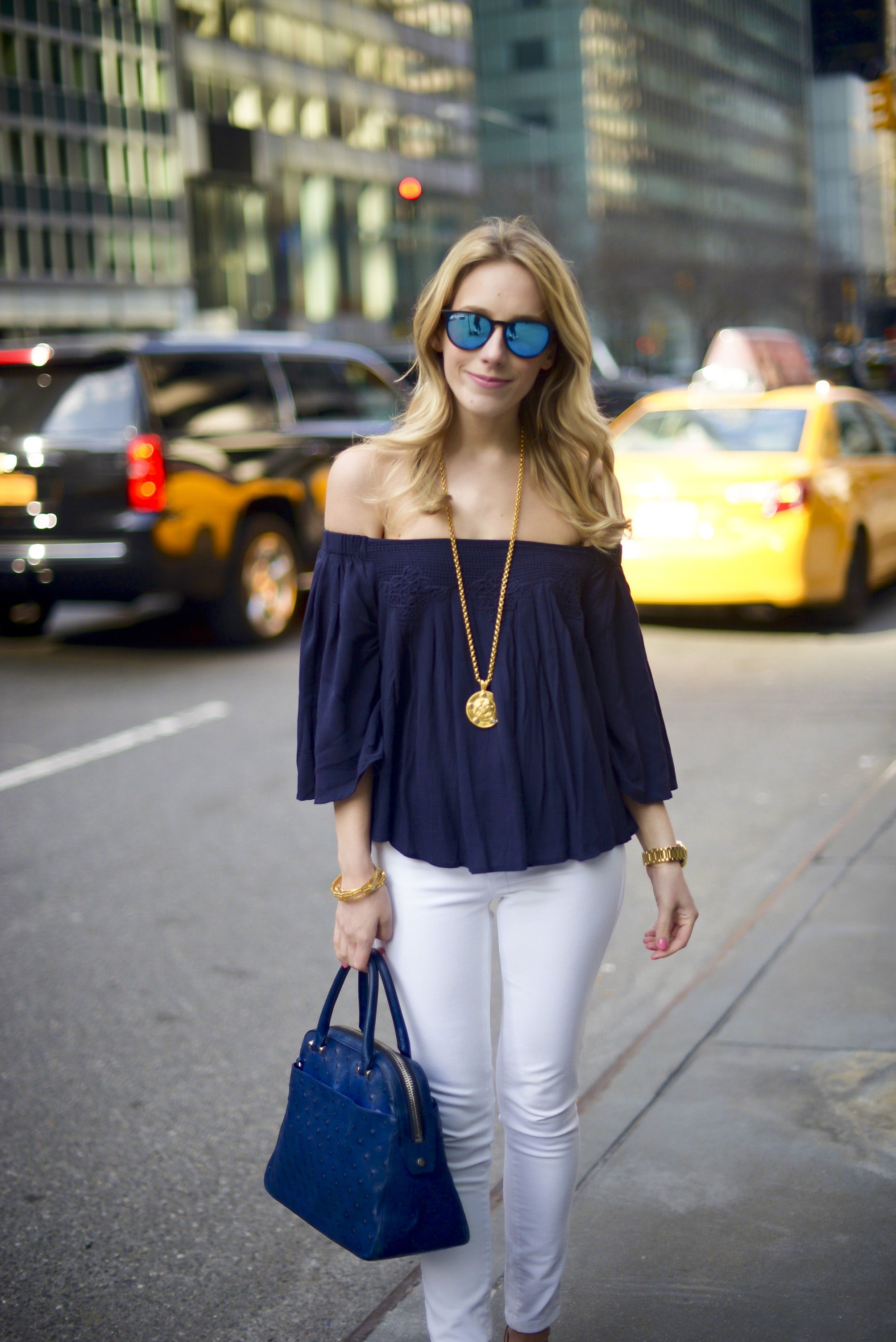 Navy Off Shoulder Top via @katiesbliss | My Looks | Pinterest ...