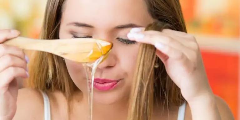 كيفية استخدام وصفة النشا مع العسل لفرد الشعر Beauty Hacks Natural Hair Beauty Natural Hair Styles
