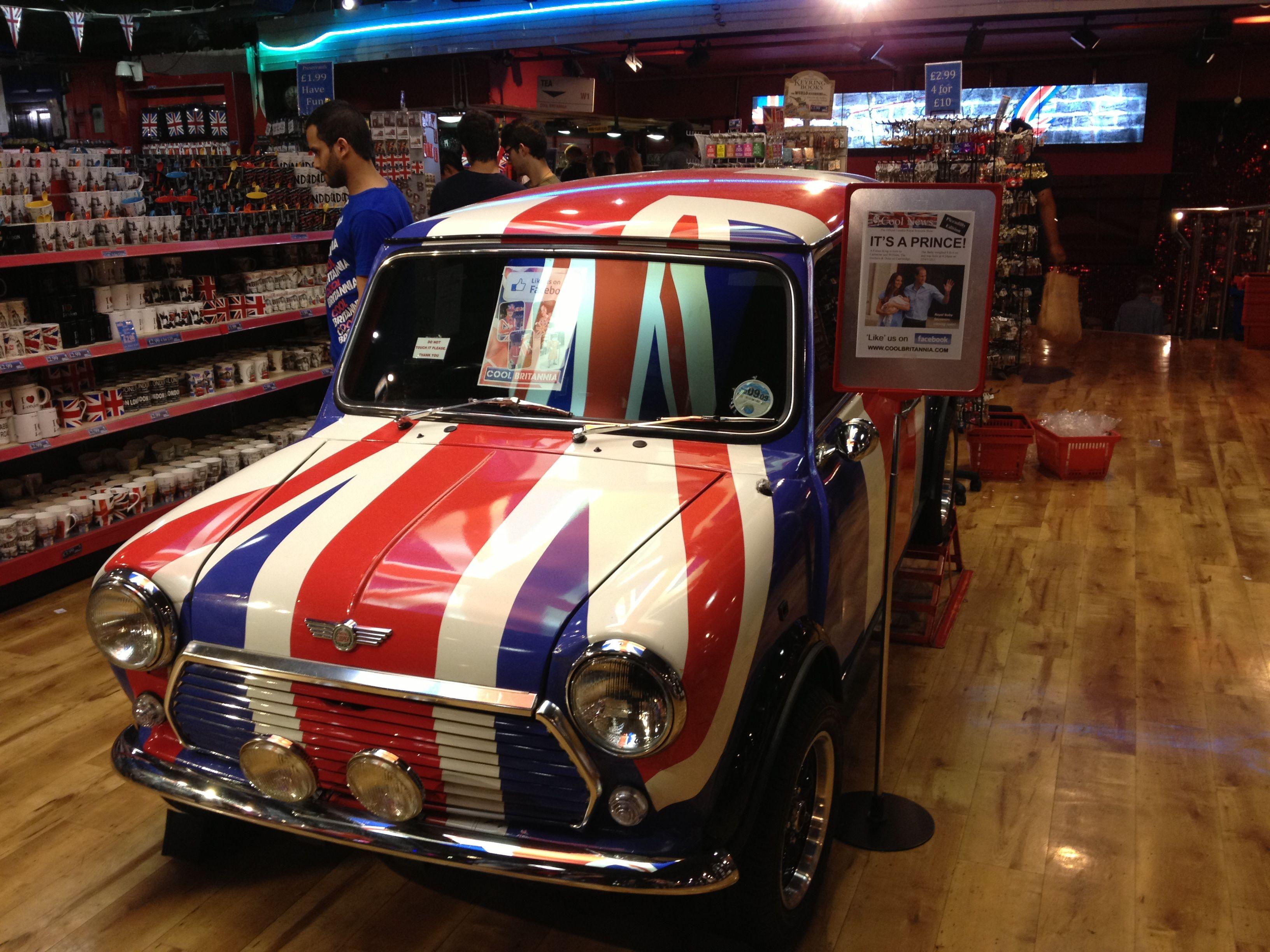 UK Flag Car London uk flag car Uk flag, London