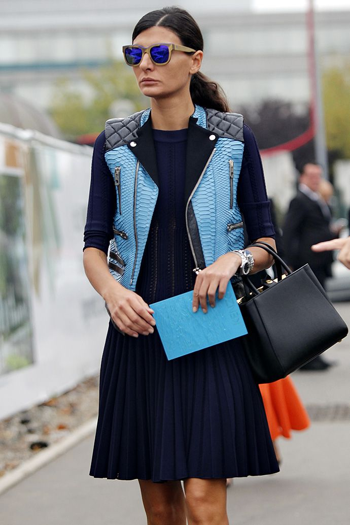 Gio throwing a little bit of edge into her classic chic. perfection. Paris. #GiovannaBattaglia