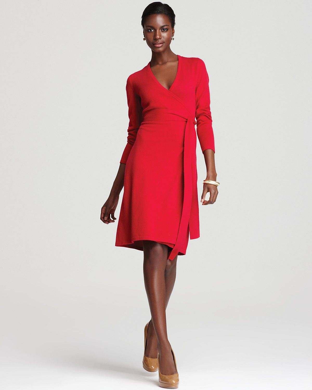 78  images about THE WRAP DRESS on Pinterest  Coats Pop of color ...