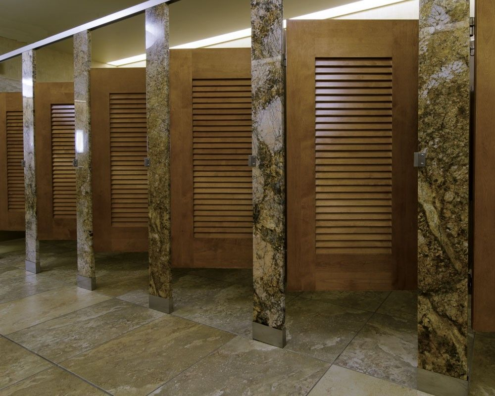 Attrayant Ironwood Manufacturing Louvered Door Toilet Partition With Beautiful Stone  Pilasters And Panels