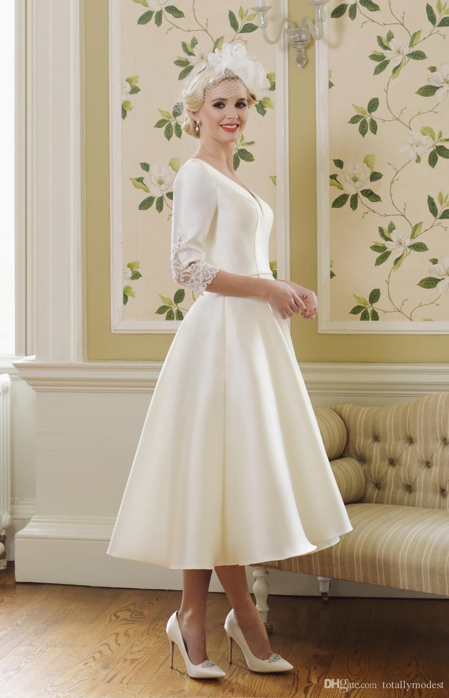 Discount 2019 Tea Length Satin Short Wedding Dresses With
