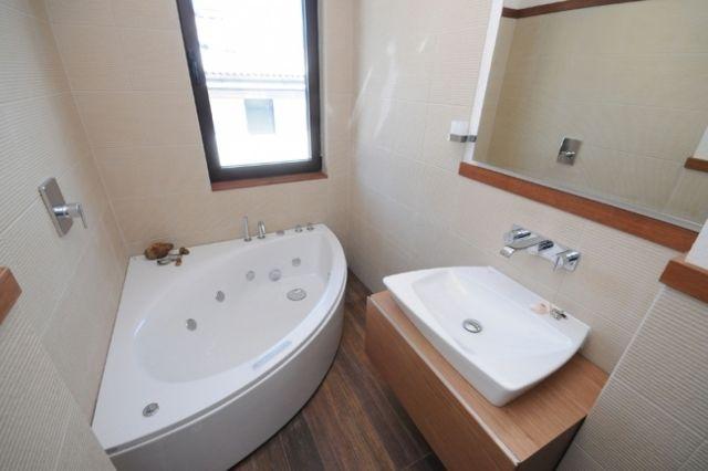 comment amnager petite salle de bain 30 ides et astuces google design et recherche - Salle De Bain Petite Baignoire