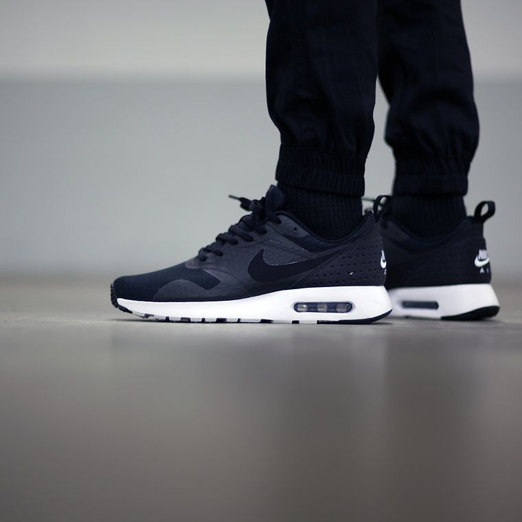 1235c1b908b54 Nike Air Max Tavas | Shoe Envy | Skate wear, Street wear, Urban outfits
