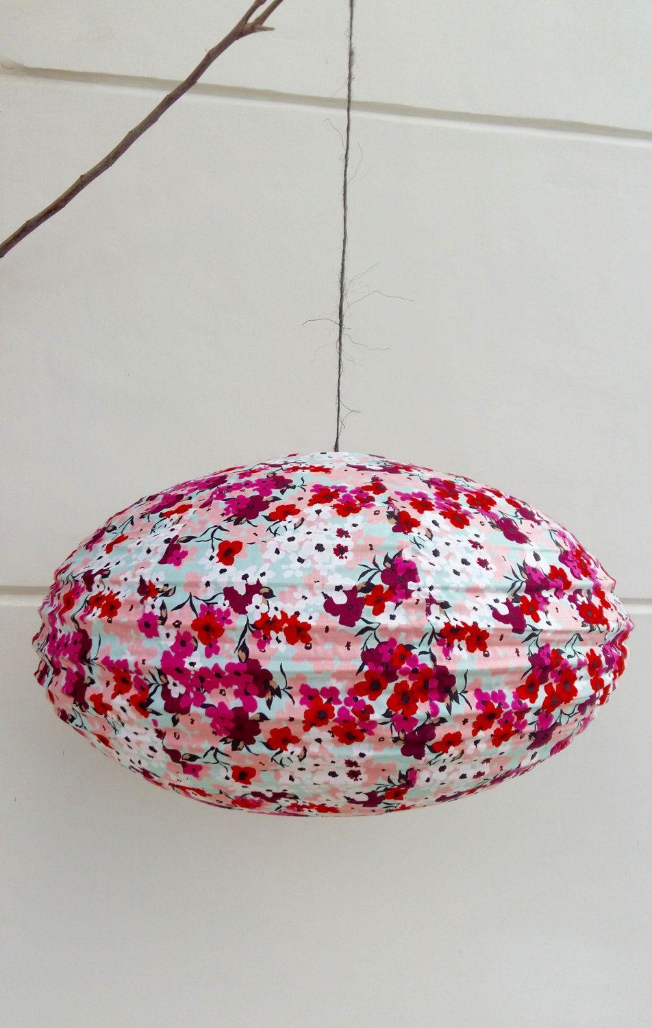 Pink & Red flowerfull lamp by Lesflibustieres on Etsy