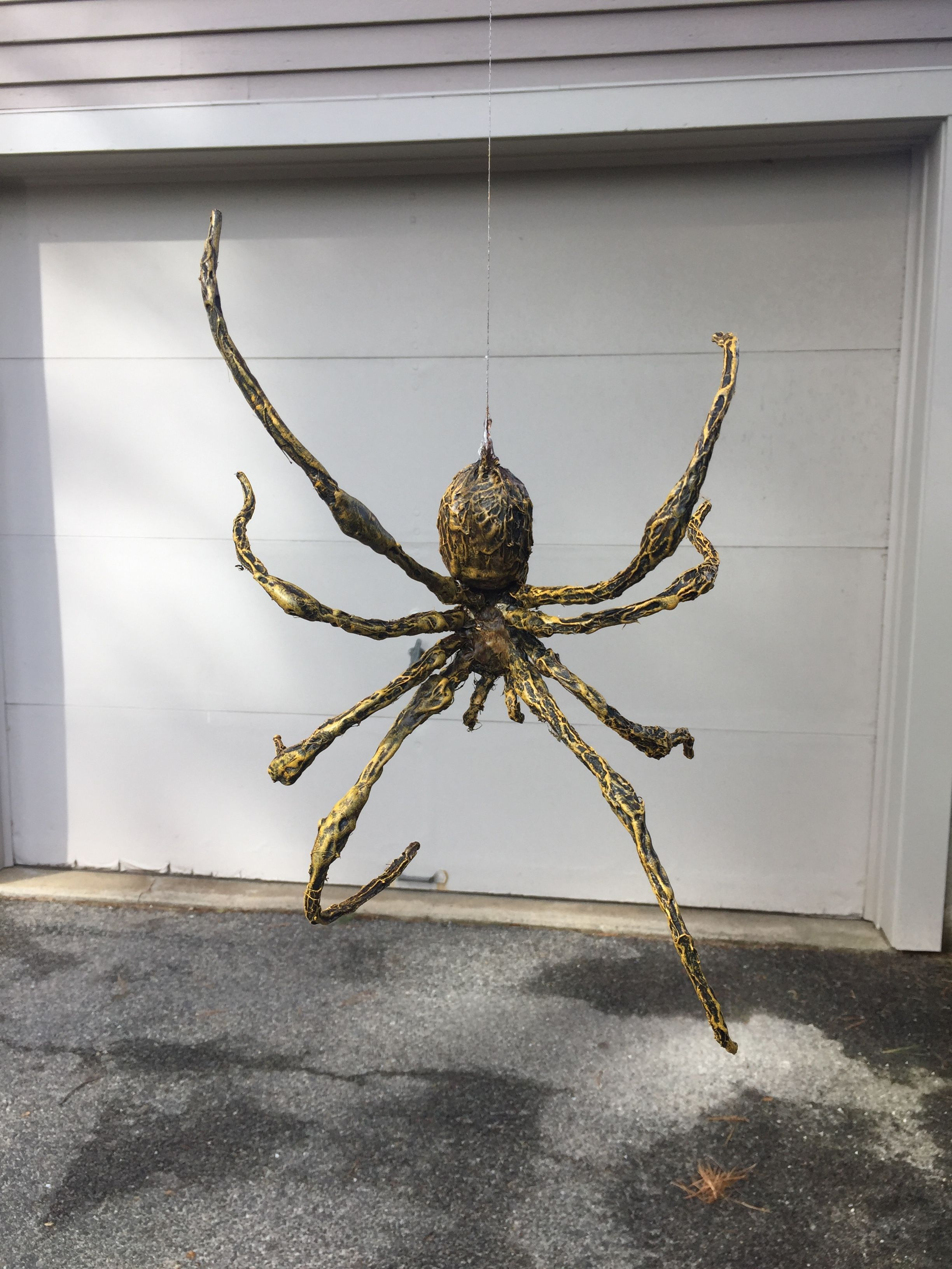 Easy Diy Hanging Spider Made From Aluminum Foil And Wire Armature