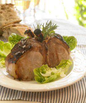 Stegte koteletter på ben i asiatisk rødvinssovs  God middag med masser af smag