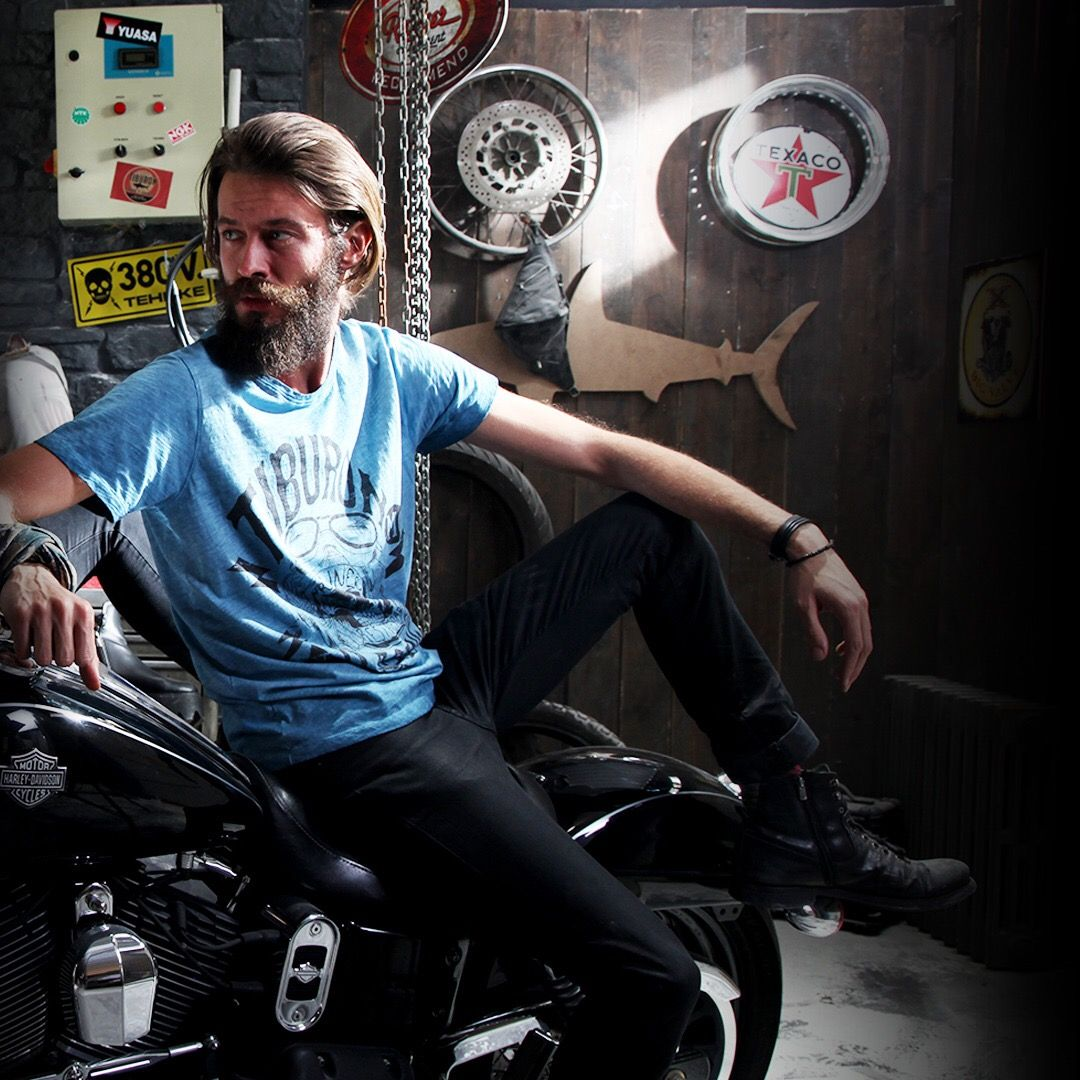 📌 Hello, you can visit collection of @tiburontee ✔ 💯 #design #collection #model #life #vibes #style #motorcycle #subscribers (link in bio)