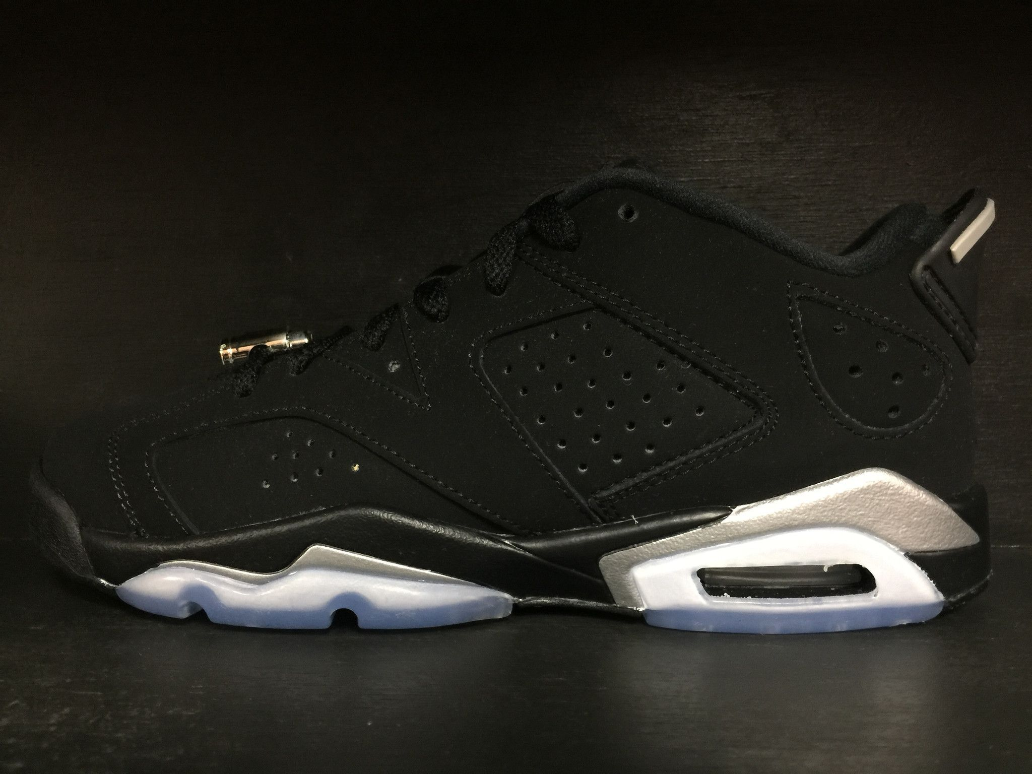 low priced fb5bb b57a3 ... where to buy air jordan 6 retro low chrome grade school 576a1 a3984