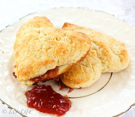 Strawberry Scones... with a strawberry jam filling!