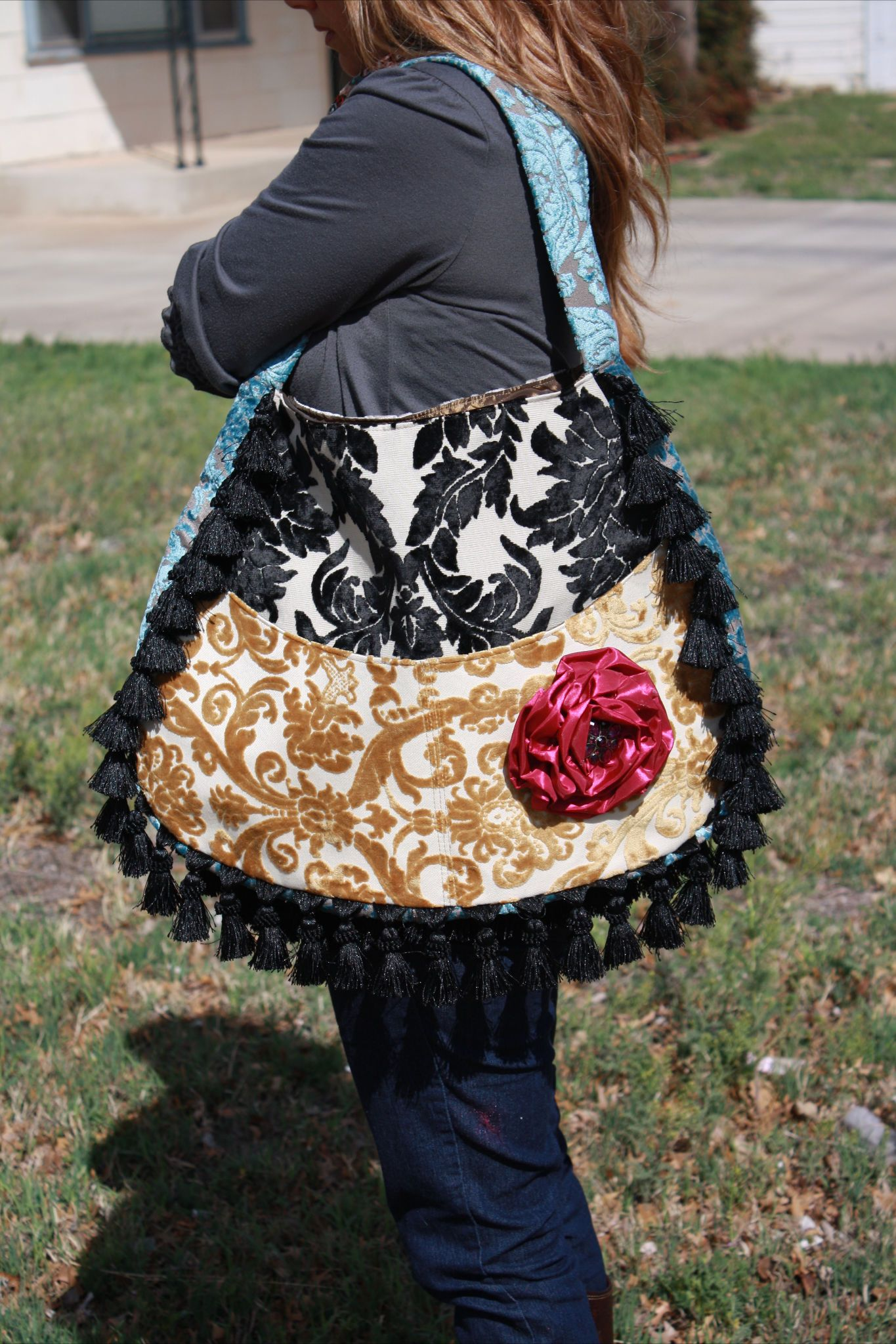 Pin By Sadie Alderson On My Closet Is Incomplete Fashion Bags