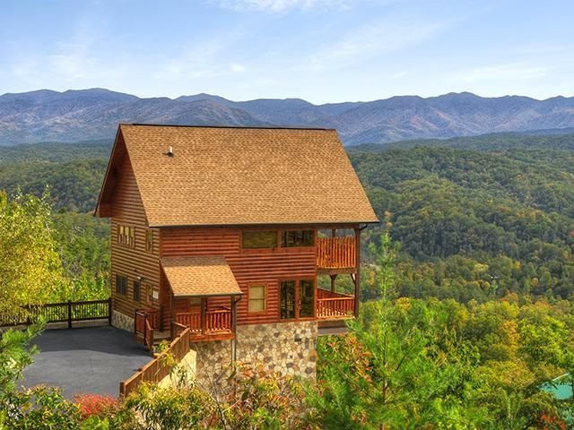 Bearly Awake | Outrageous Cabins. Smoky Mountains CabinsMountain CabinsMountain  HousesTennessee ...