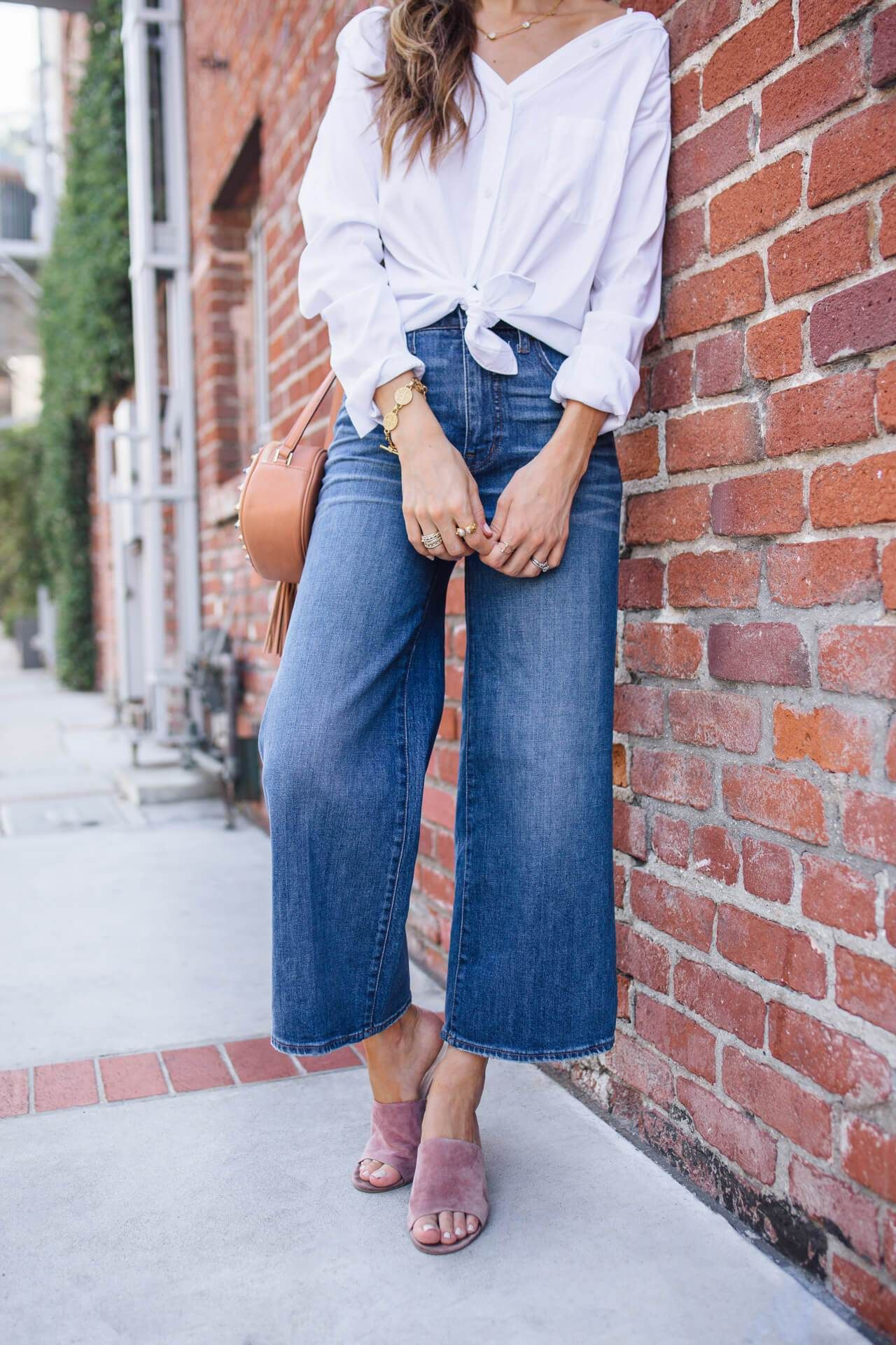 My Tip For Styling Wide Leg Jeans M Loves M Day To Night Outfits Wide Leg Jeans Outfit Inspiration Fall