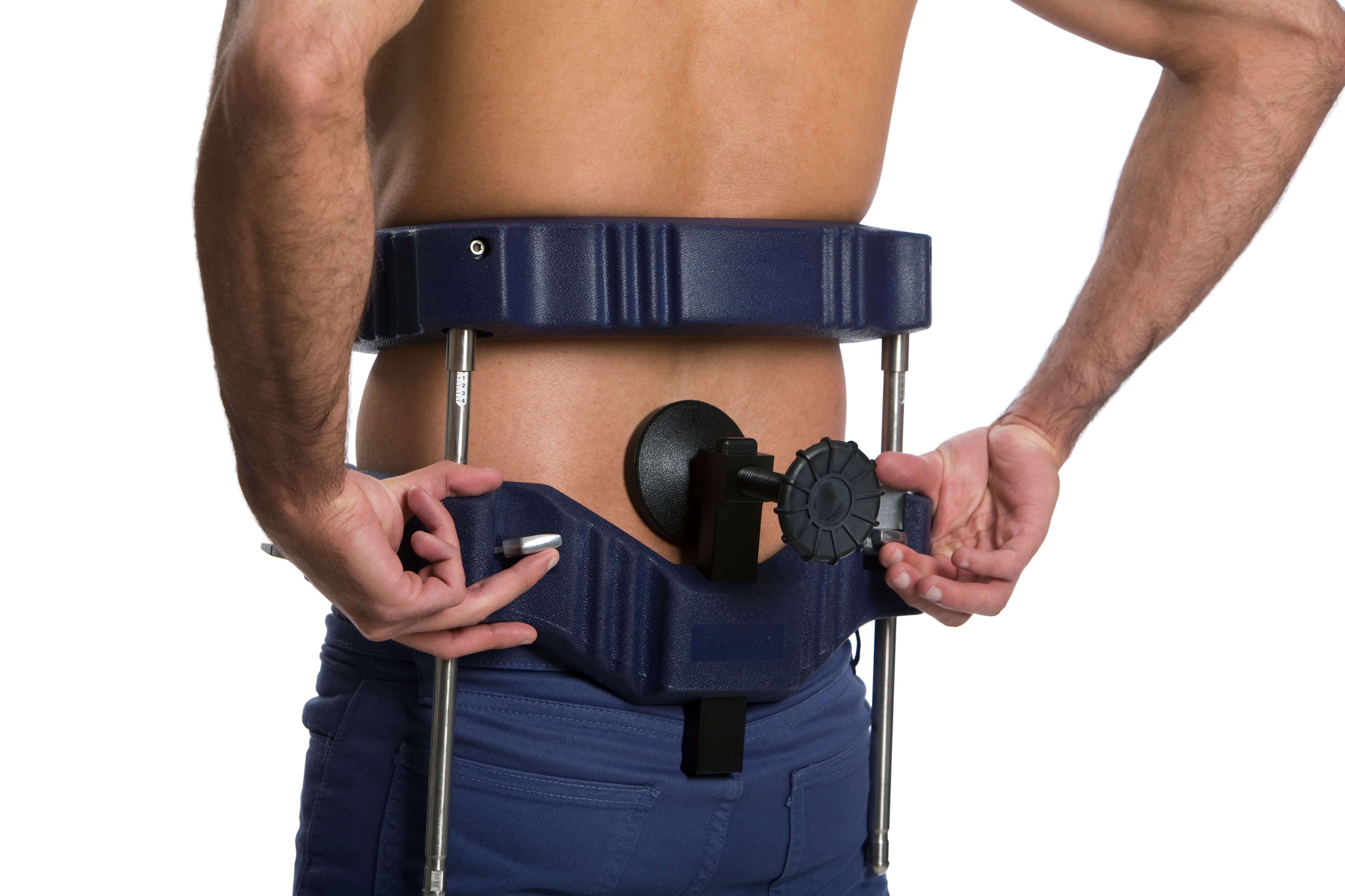 Patient self-administering 3D traction for lower back pain