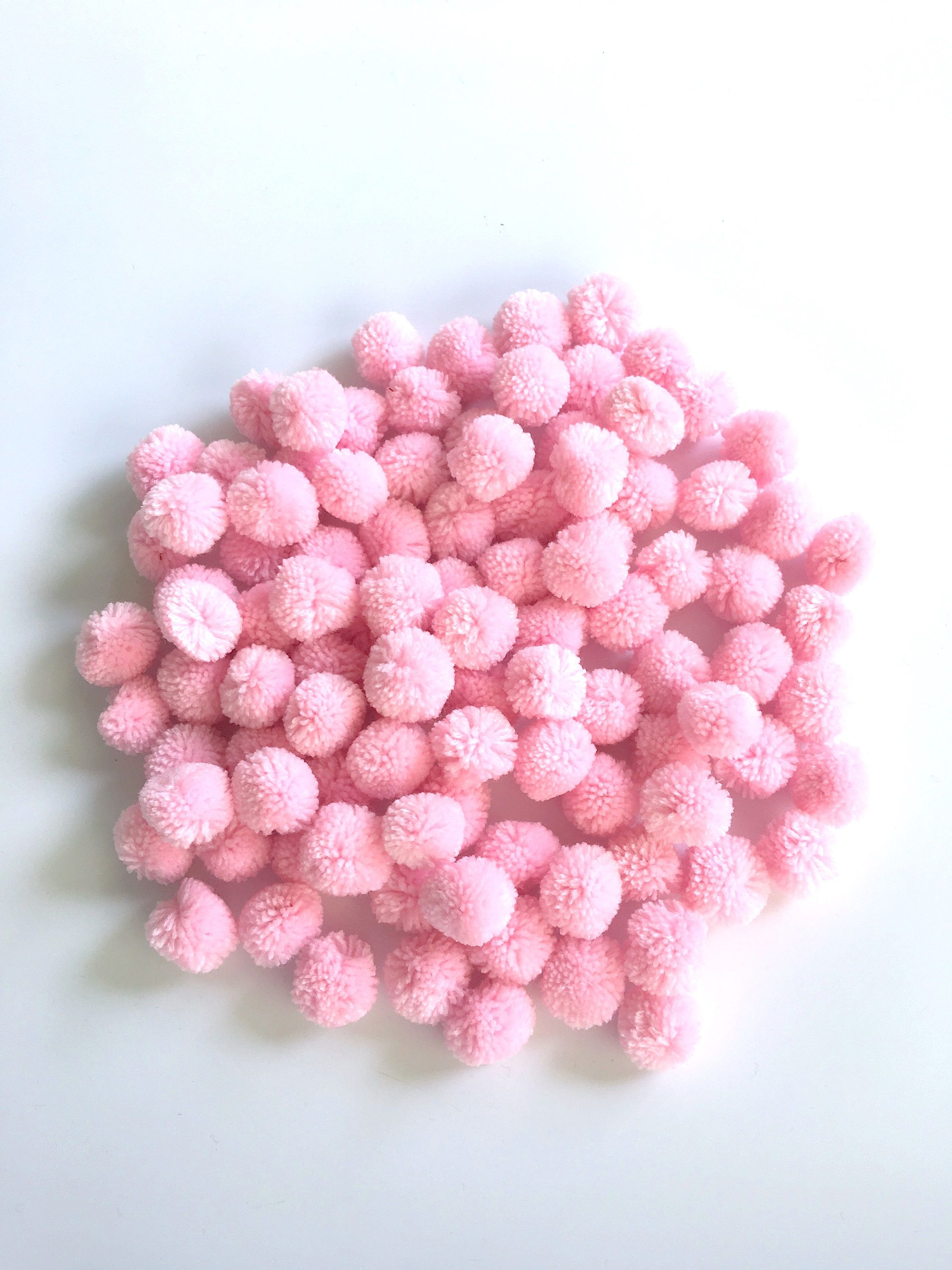 Blush Pink Yarn Pom Poms 1 Inch Decorative Ball Jewelry Making Pompom Garland Nursery Decor Pompon Ball Party Decor Boho Decor Valentine Valentine D