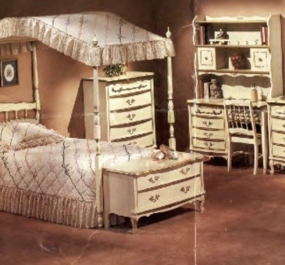 Sears Kids Furniture   Hollywood Thing I Dreamed Of This Bedroom As A Kid :)