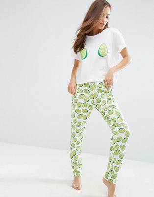 Avocado Print Tee & Jogger Pajama Set | Avocado Style | Best pajamas