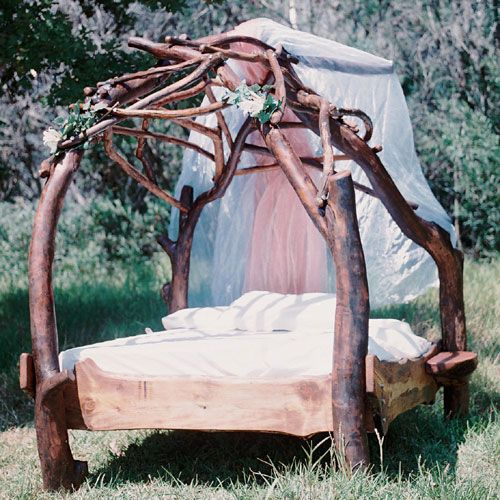 Four Poster Dreamweaver Bed