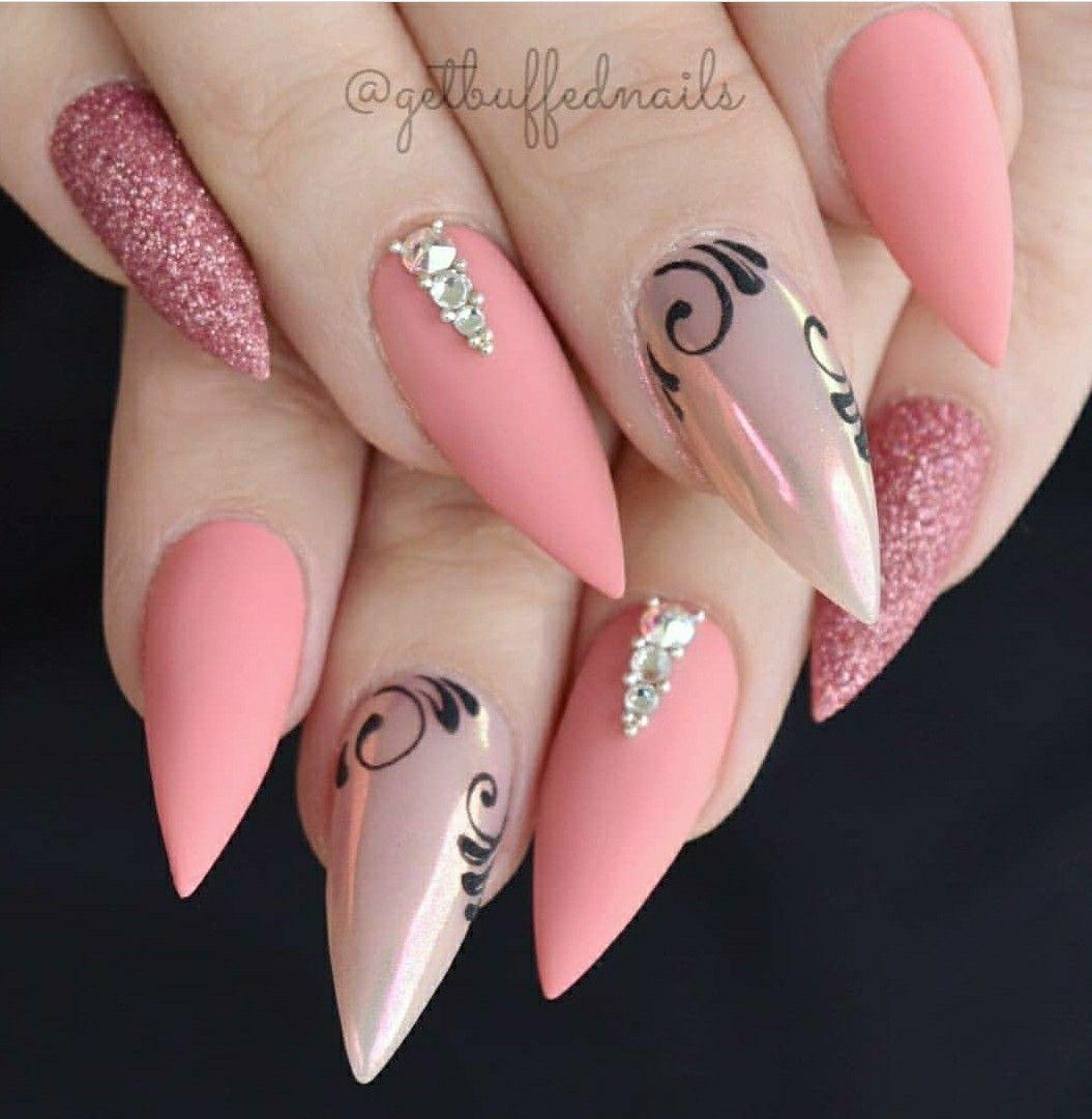 Pin by Marian Cordova on Hair, make-up an nails | Pinterest | Lace ...