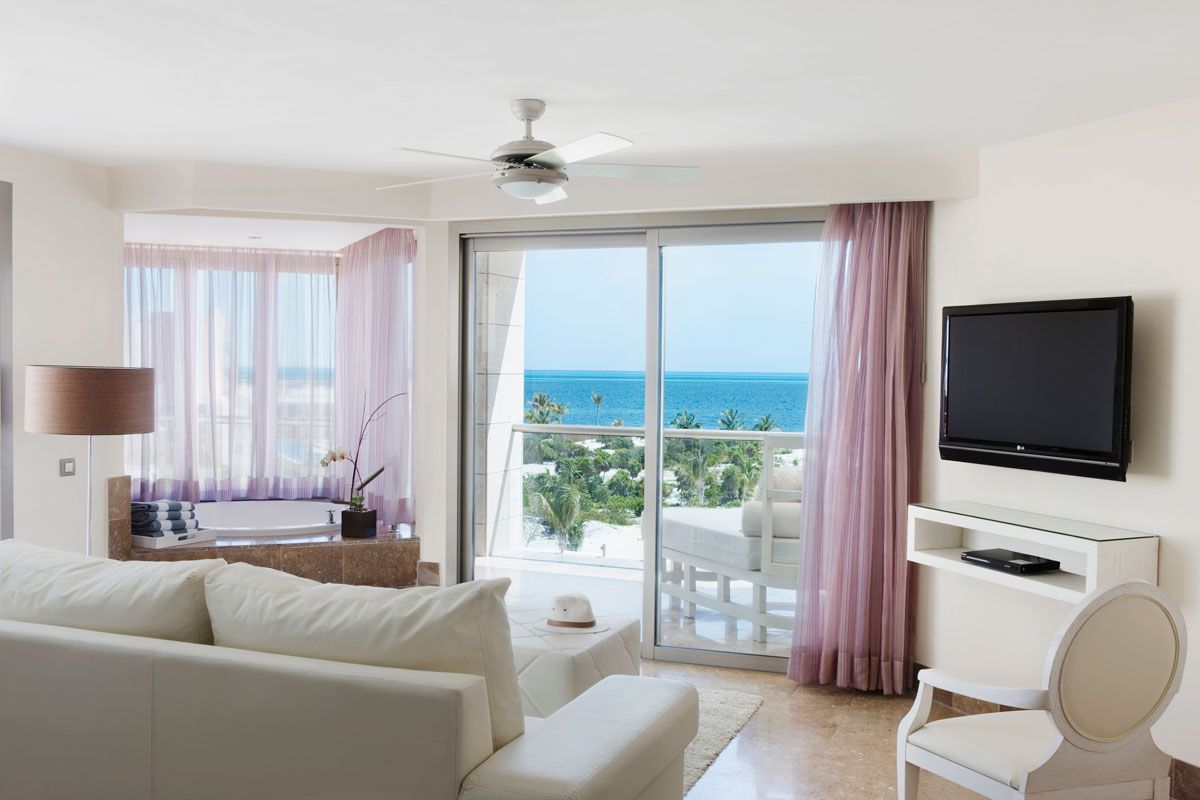 OceanFront Penthouse Suite at The Beloved Hotel with indoor ...