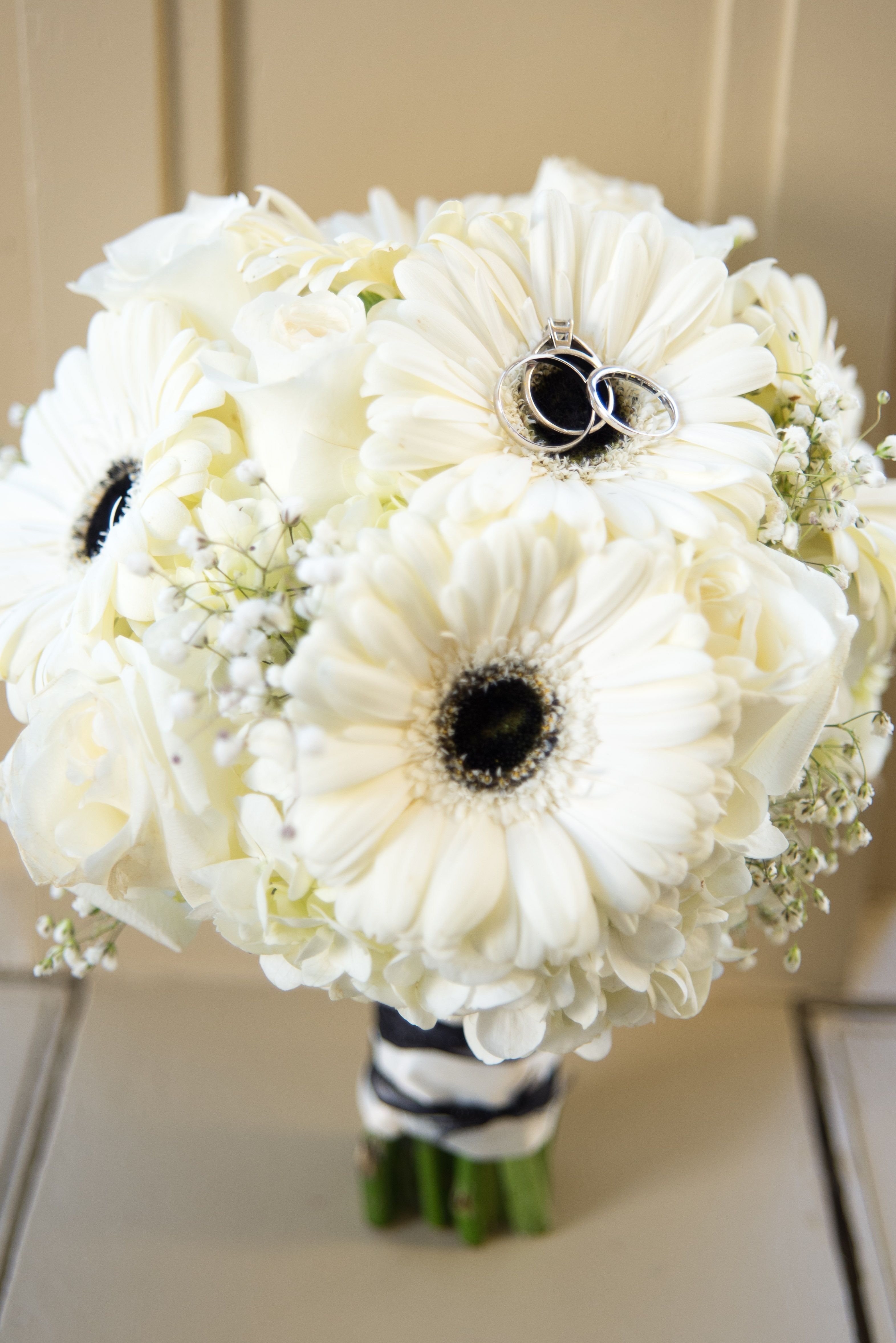 Black And White Gerbera Daisy Bouquet By Flowers Make Scents