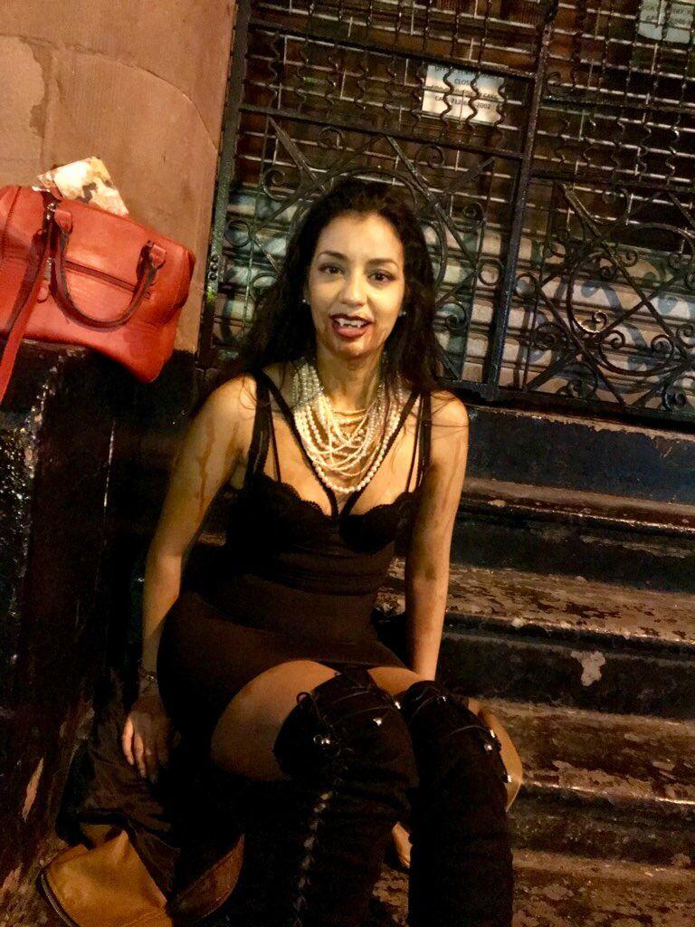 Halloween DIY Vampire Costume Vampire costume diy