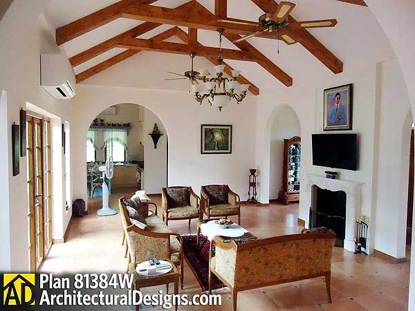 Plan 81384w Open Courtyard Dream Home Plan Dream House Plans Spanish Style Homes House Plans