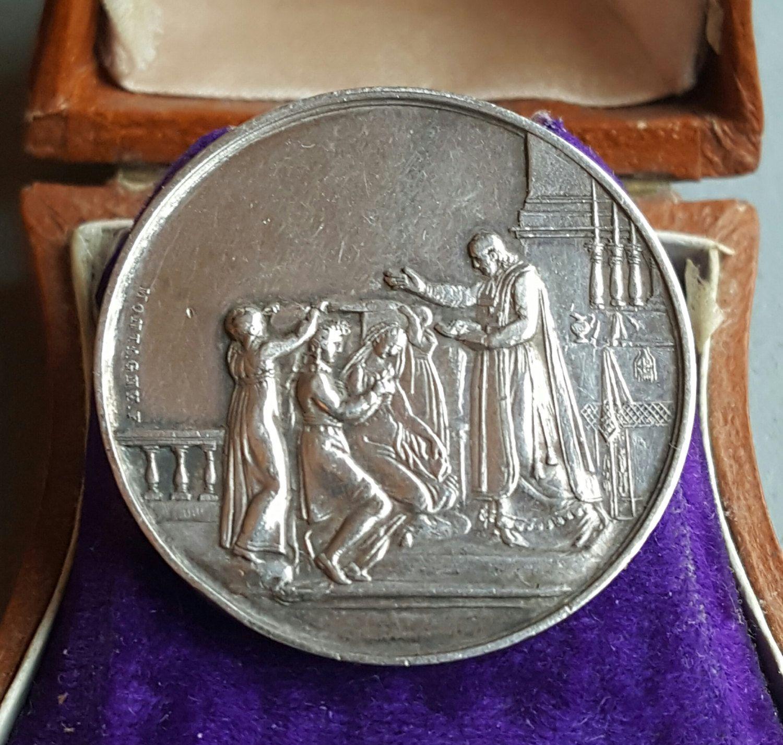 Antique Engraved French Art Nouveau Marriage Medal Love Token Wedding Gift Bridal April 8