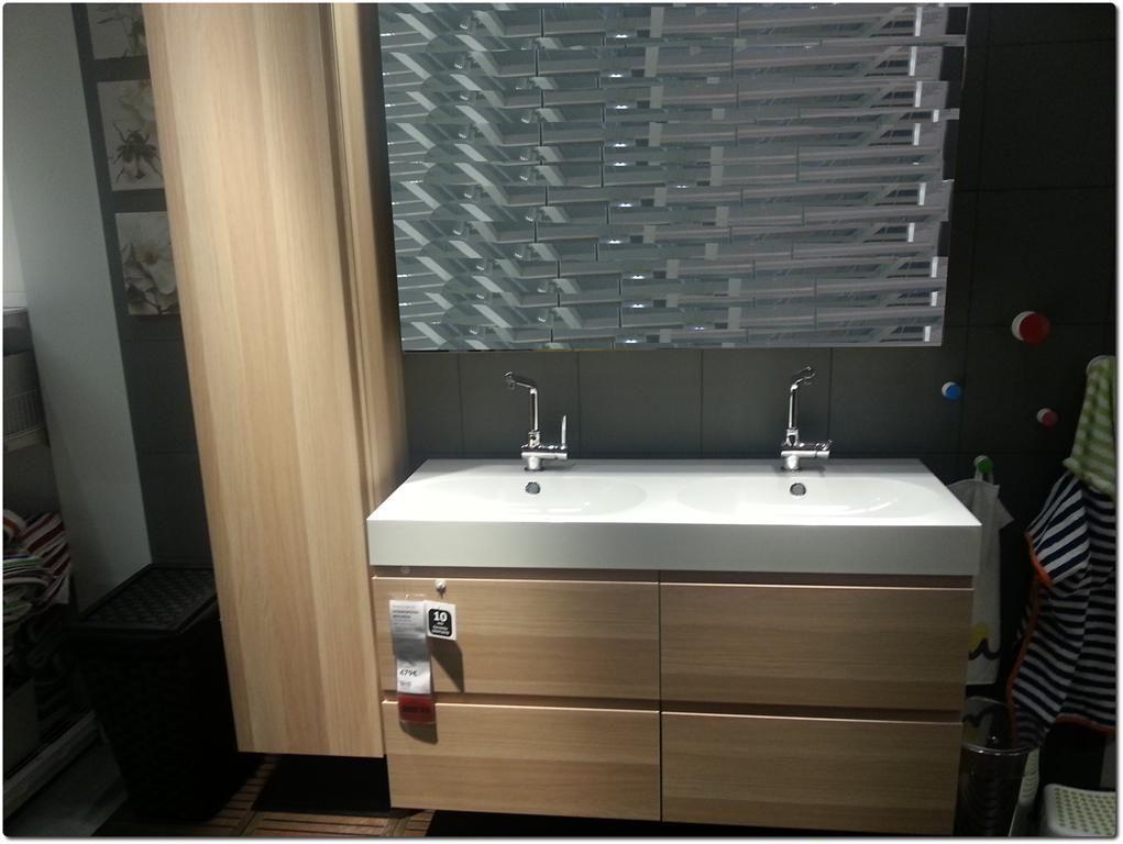 pingl par nathalie d 39 hem sur id es sdb en 2019 meuble salle de bain ikea evier salle de
