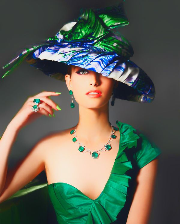Fashion Beauty Zone: BLUE & GREEN Modern Day Womens Hat