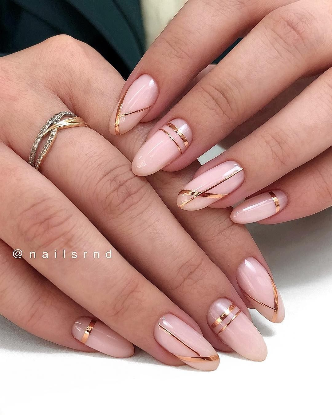 60 Cute Winter Nails Designs To Inspire Your Winter Mood Almond