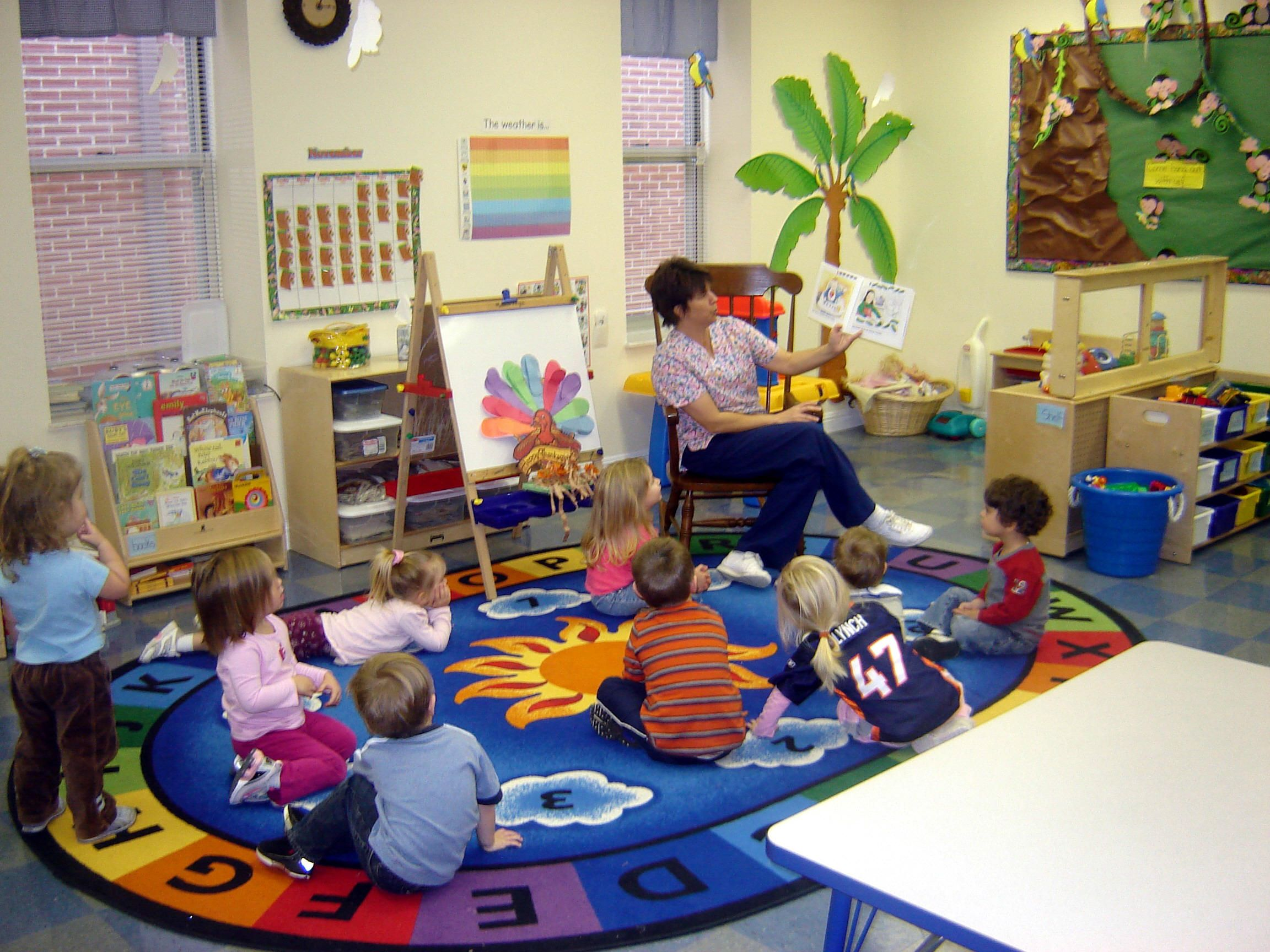 Best paint colors for preschool classrooms - Classroom Design Ideas Preschool Put Attention Much On The Colors Size And Shapes The Key To Make Classroom Design Ideas Preschool Are Size Colors And